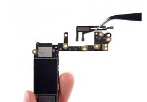 Снятие антенного шлейфа на iPhone 6