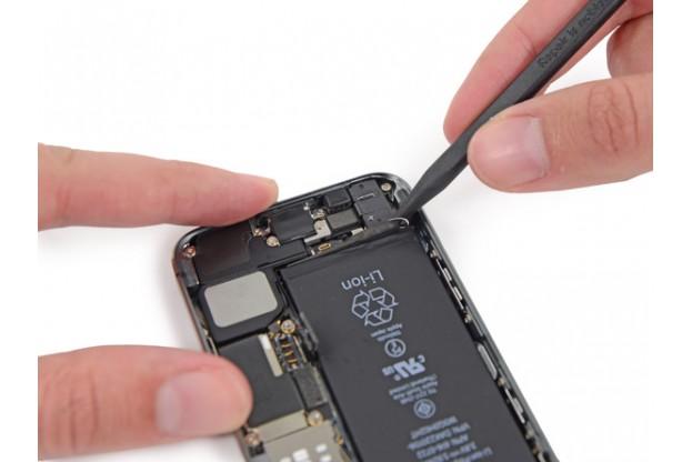 замена аккумулятор в iphone 5s