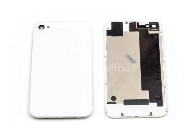 Задняя панель в сборе для iPhone 4 белая